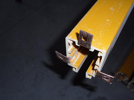三极多级管滑触线