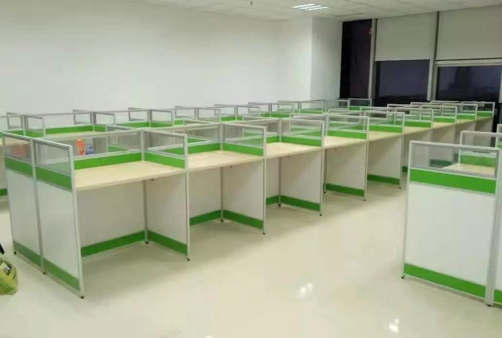 晋城带屏风的办公桌