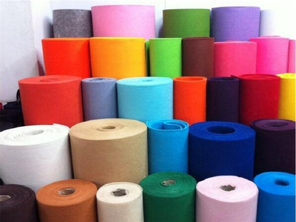 彩色化纤毡