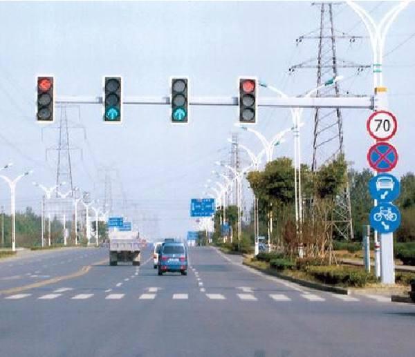 北海红绿灯杆