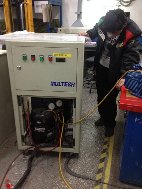 激光冷水机维修
