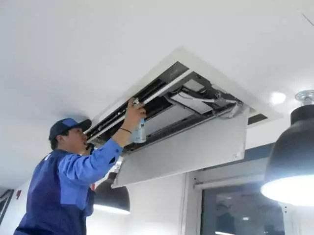 中央空调清洗消毒