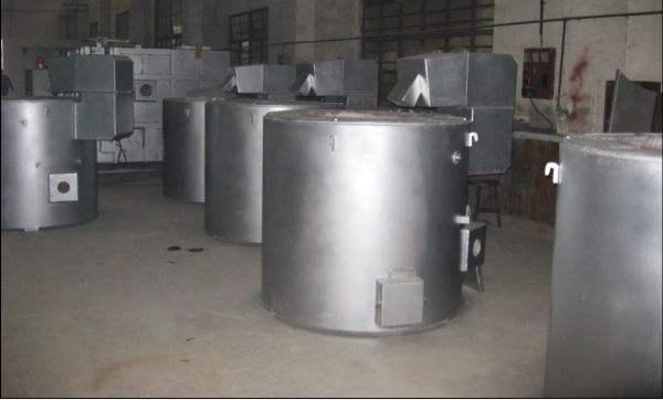 坩堝式電熔鋁爐