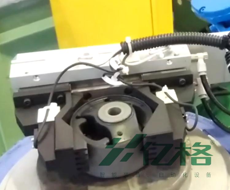东海橡塑自动挤压机