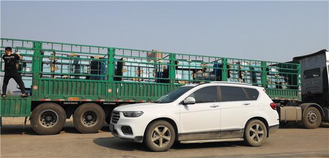 南阳大明玻璃发往鹤壁的防火玻璃已装车,感谢客户的信任与支持!