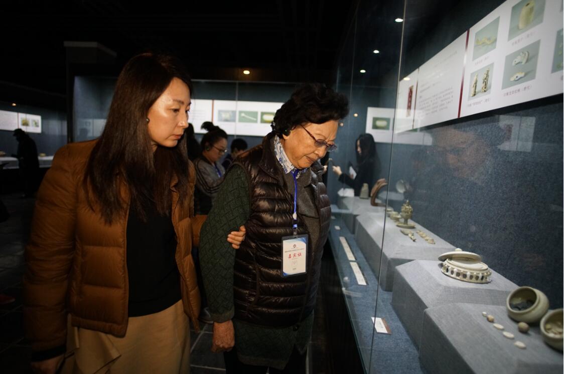 2019年中国邢窑工艺传承创新与文化产业发展大会会后参观邢窑博物馆