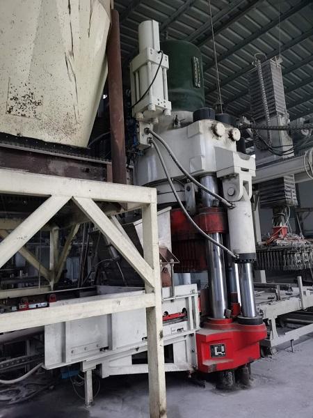 二手液壓磚機