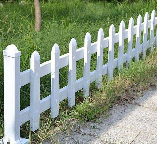 兰州锌钢草坪栅栏