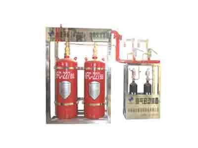 外贮压自动灭火装置