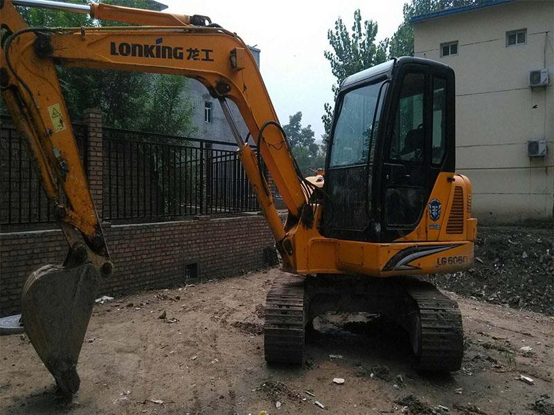 兰州挖掘机租赁