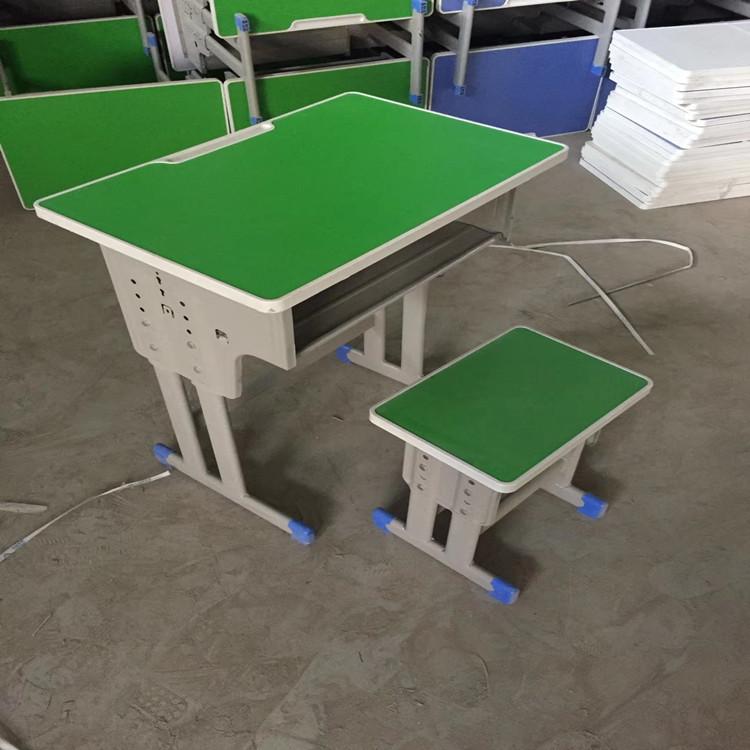 平頂山培訓班雙人課桌椅