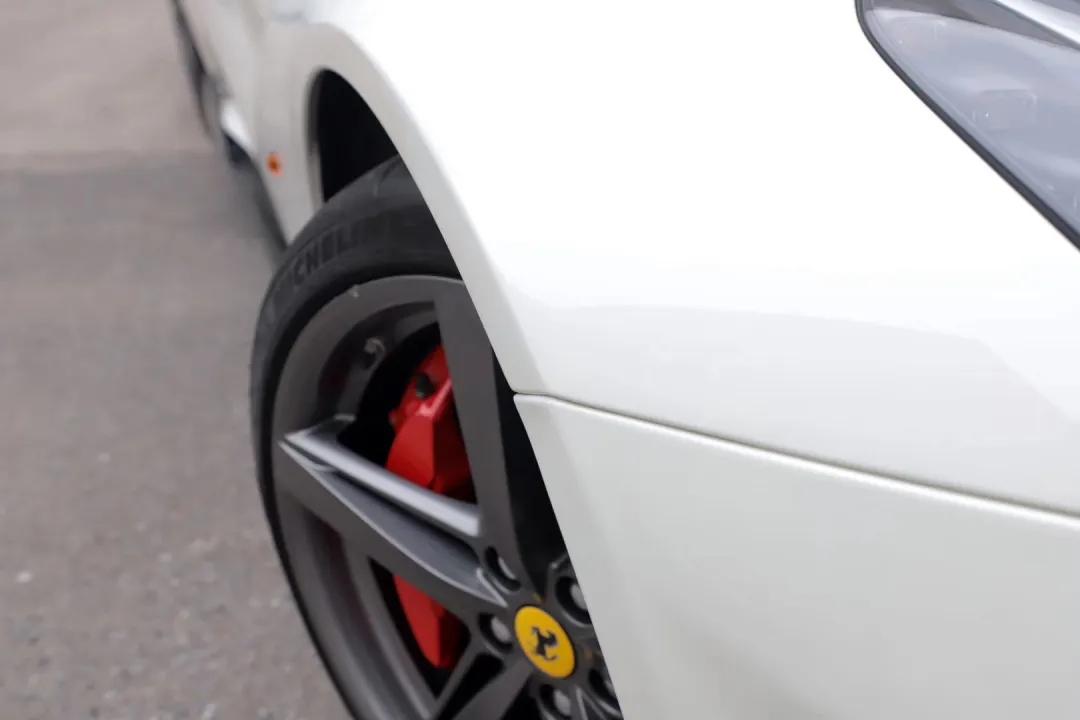 法拉利F12