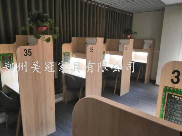 山西共享教室課桌椅