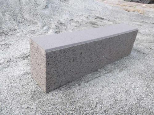 吉林路边石