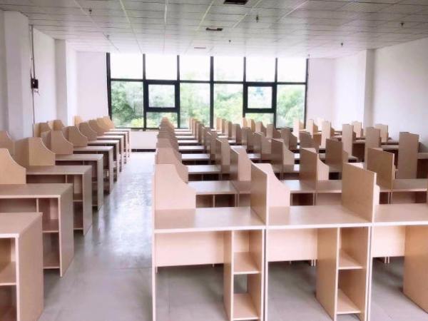 陜西共享教室課桌椅