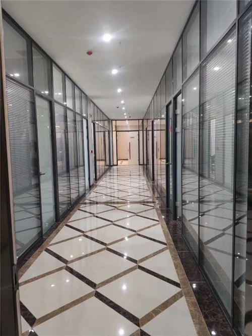 西安办公玻璃隔断