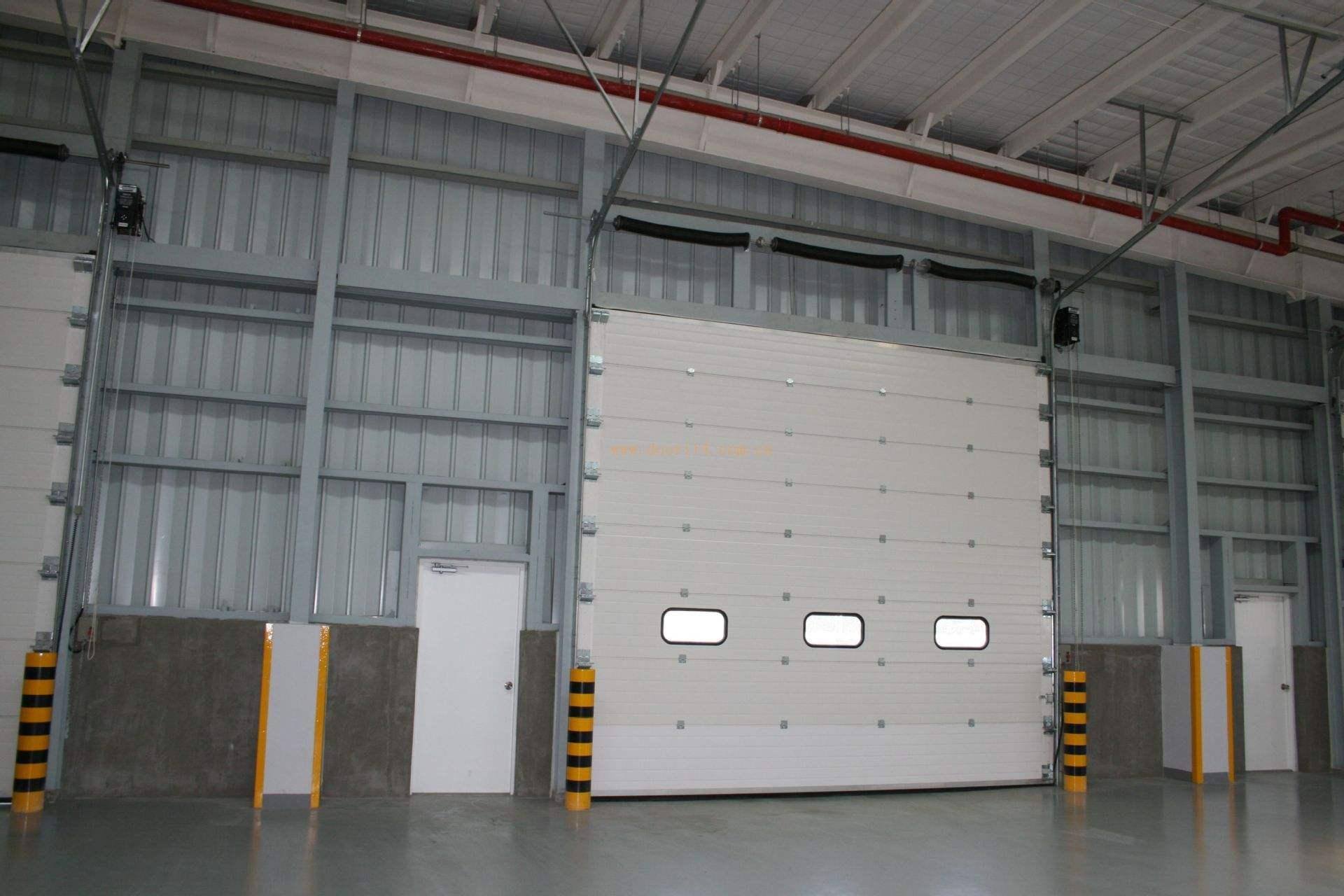 工業提升門安裝