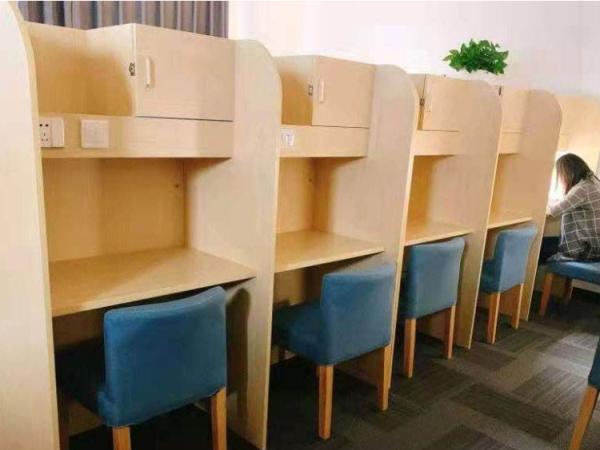 鄭州共享自習室桌