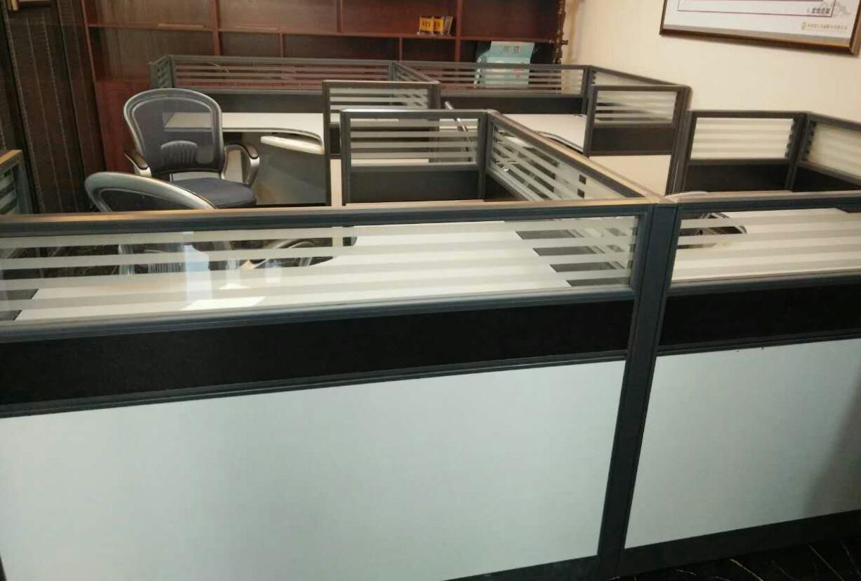 许昌屏风隔断电脑桌