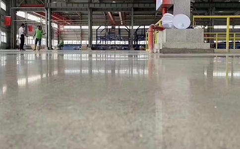 金刚砂地坪做固化剂施工工艺