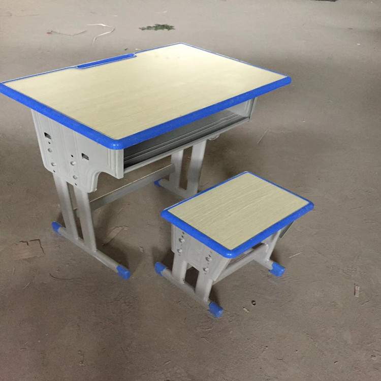 三門峽雙立柱課桌椅