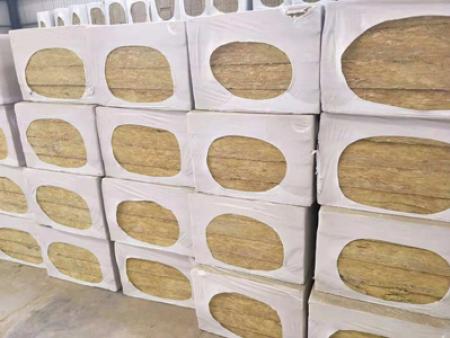 武威岩棉板价格