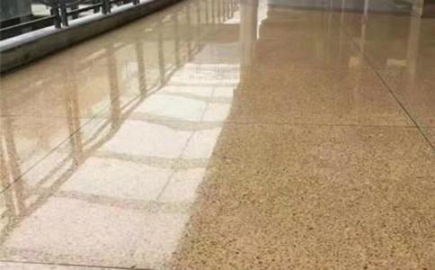 固化地坪和水磨石地面的区别