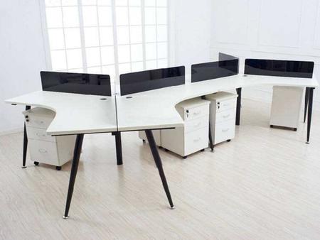 南阳带屏风的电脑桌