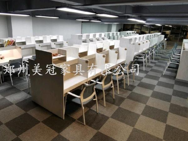郑州共享自习室学习桌