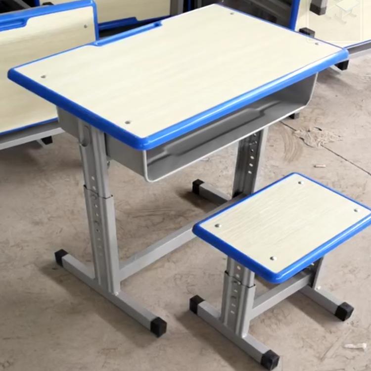 洛阳塑钢课桌椅