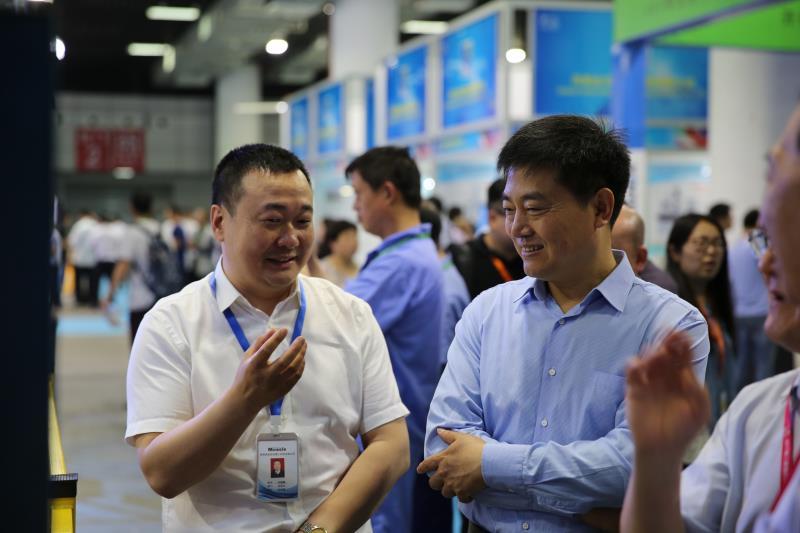 洛阳葡萄app官网机器人科技有限公司