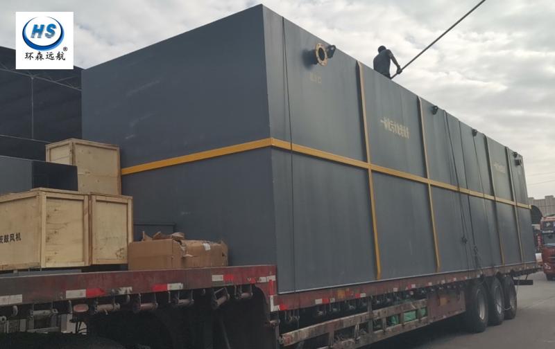 500吨一体化污水处理设备专车送往客户安装现场
