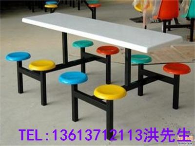 新乡连体餐桌椅