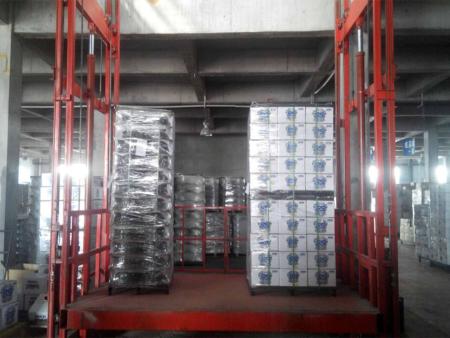液压升降货梯设备供应厂家
