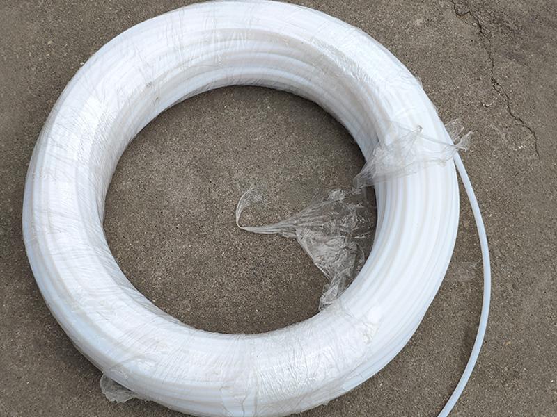White Teflon hose 4x6
