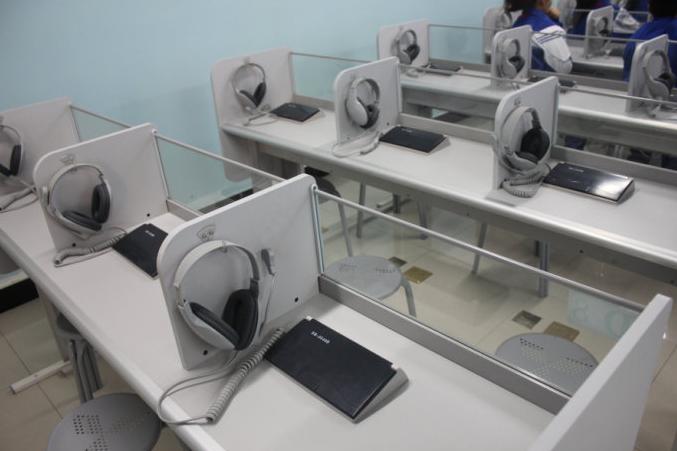 河南微机室电脑桌