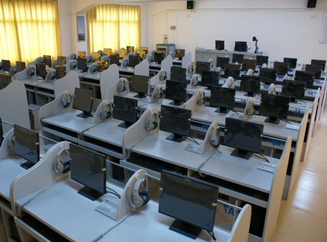 河南微机室培训桌