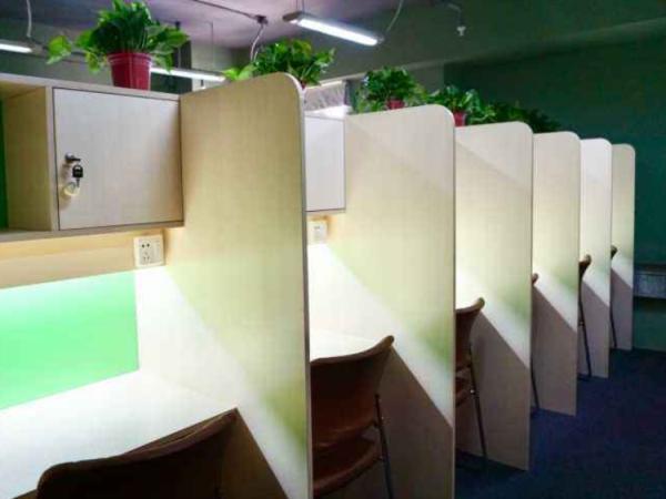 河南书柜一体课桌