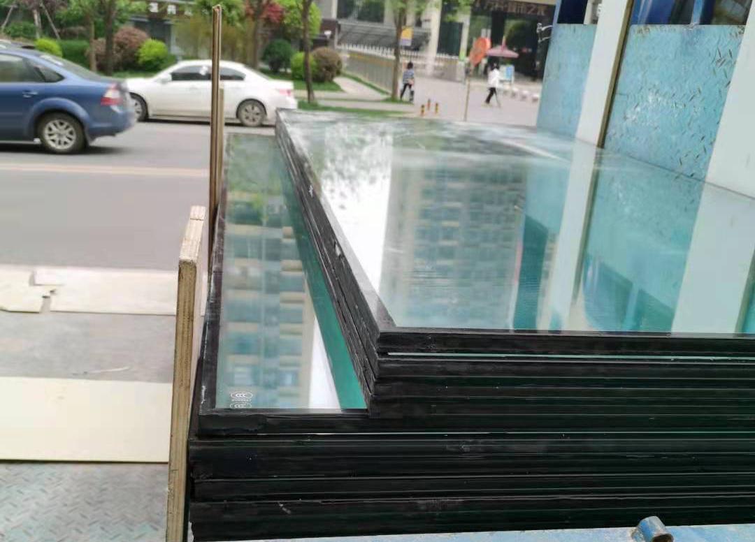 低价销售钢化夹胶玻璃