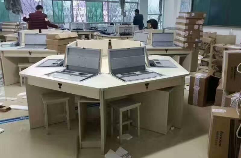 河南机房电脑桌