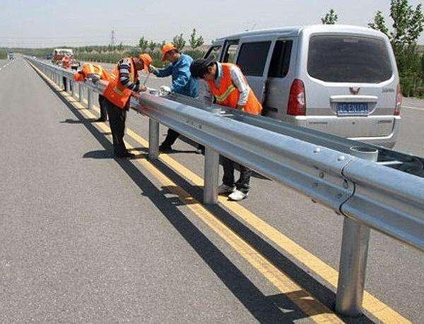 广西高速公路护栏