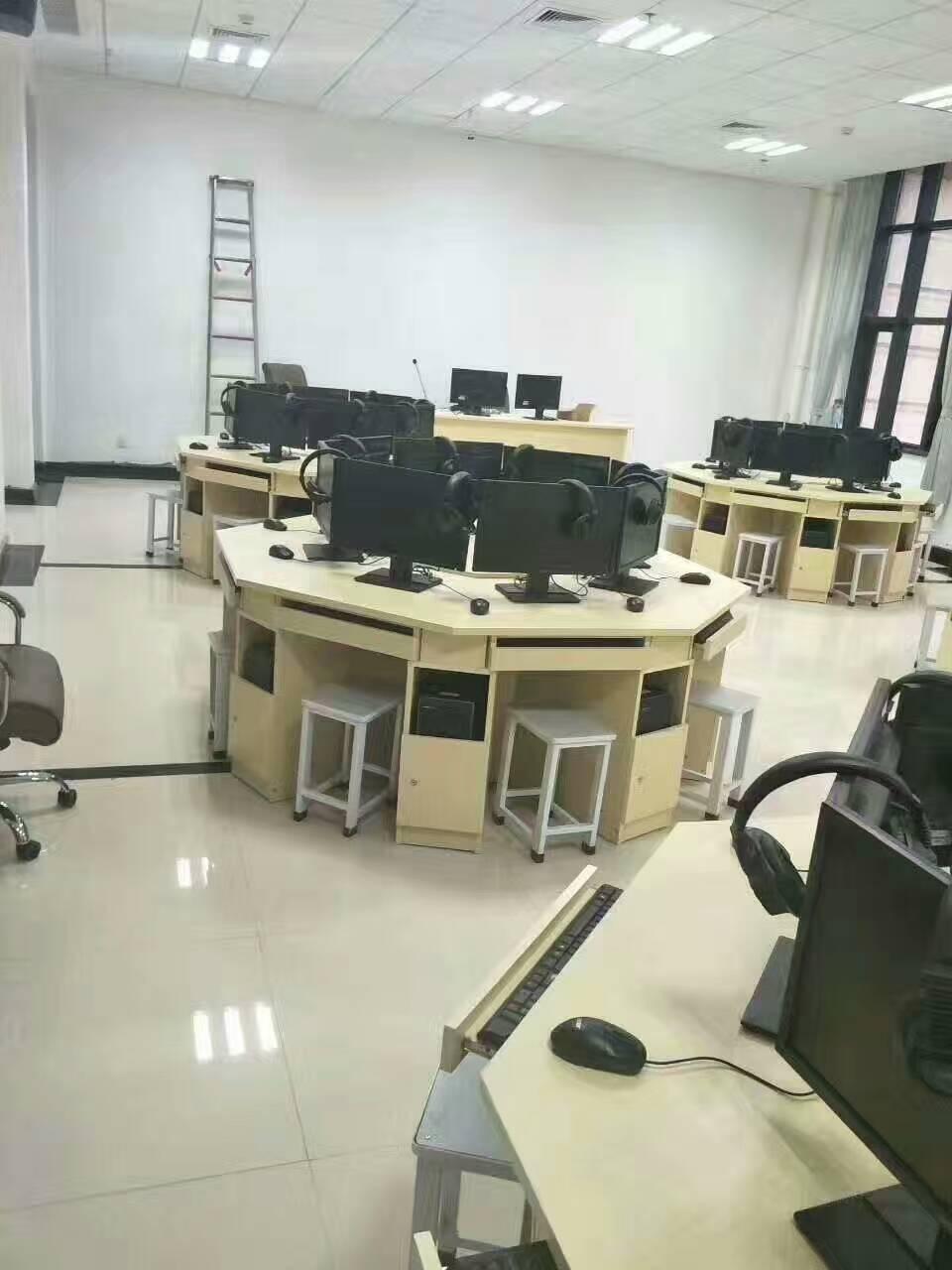 河南学校机房电脑桌