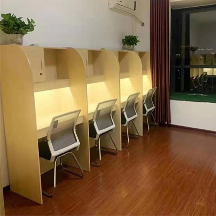 郑州校外自习室书桌
