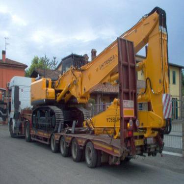工程车运输