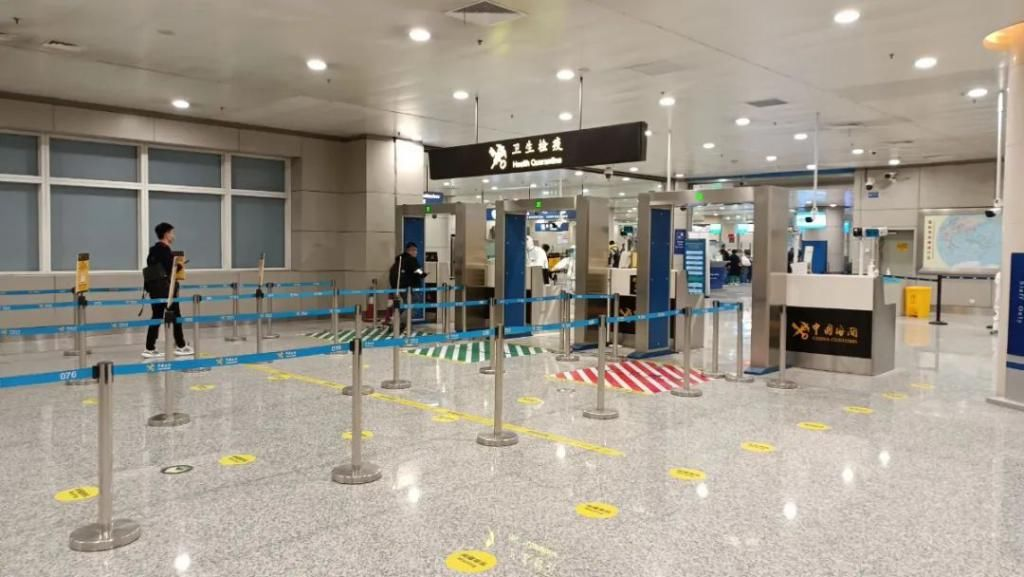 机场旅检通道监控系统