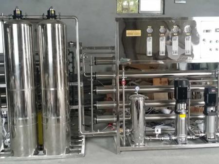 纯净水设备应该怎样运用?